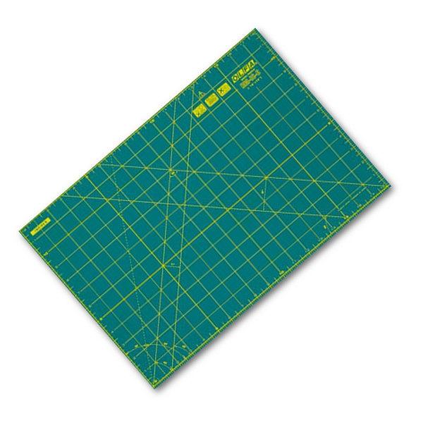 MATA DO CIĘCIA OLFA O WYMIARACH 30x45cm