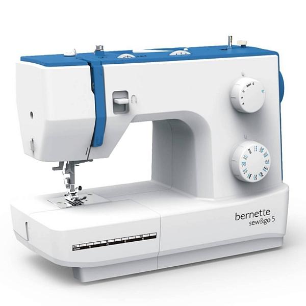 BERNINA AG - Bernette Sew&Go 5 w wersji PLUS z dodatkowymi stopkami