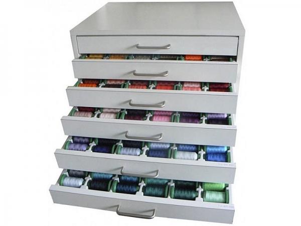 Pełna paleta 402 kolorów nici do haftu PREMIUM w solidnej szafce z szufladami